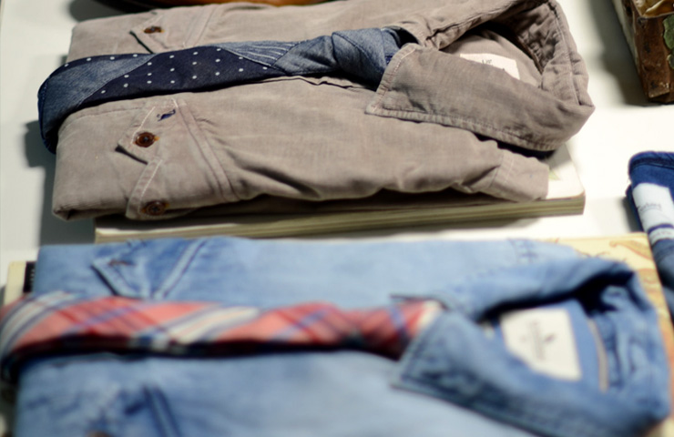 Casual mens clothing